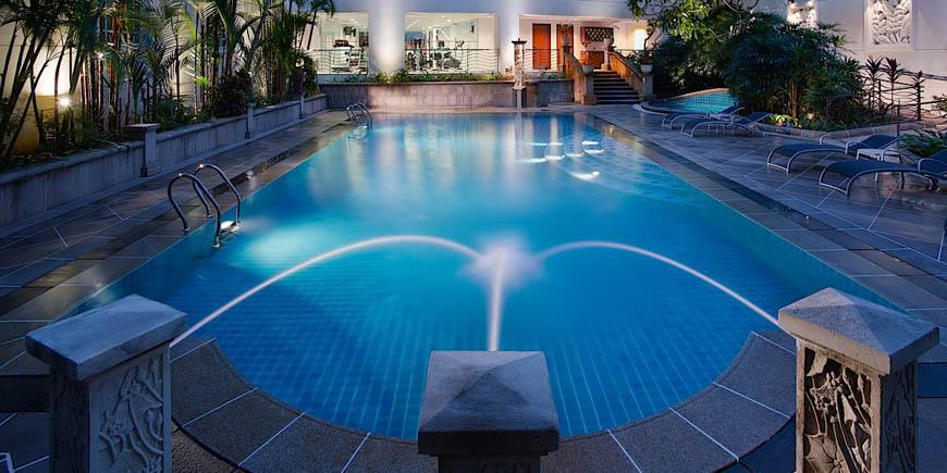 Rendezvous-Hotel-Singaporepool-low-2