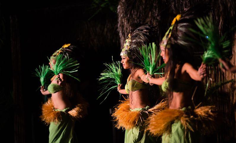 rl-luau-dancers-001_7360x4911-6077a7bf2825c